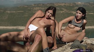 Slim teenagers share a dick in perfect outdoor sex scenes