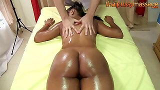 Big butt Thai babe has her insides massaged