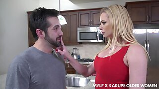 Single mature mom Briana Banks seduces son's best friend and sucks his cock