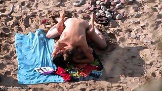 British amateur MILF sucks cock on Greek beach